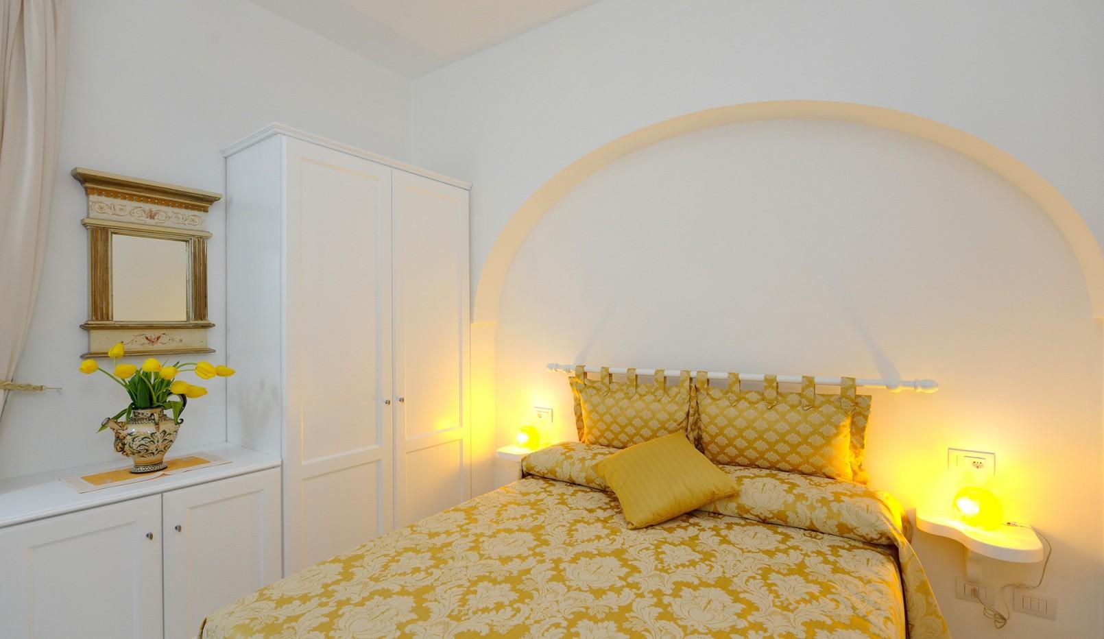 Camera Bacco gialla - La Dolce Vita Ravello